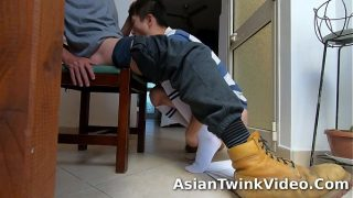 Handyman Fucks Young Asian Soccer Boy At Home – AsianTwinkVideo.Com