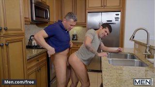 Daddy (Dean Phoenix) fucks his stepson (Ty Mitchell) with (Bar Addison) watching – Men.com