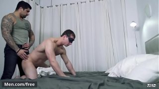 (Ryan Bones, William Seed, Joey Mentana) – Switcheroo – Trailer preview – Men.com